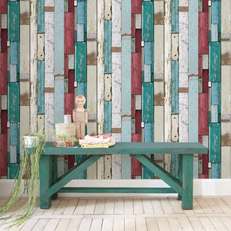Green and red pallet wood wallpaper