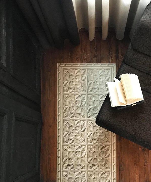 ceci n est pas un l de papier peint pos au sol koziel le blog. Black Bedroom Furniture Sets. Home Design Ideas